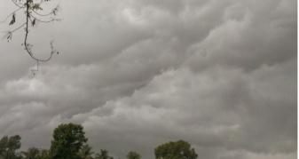 хмарно