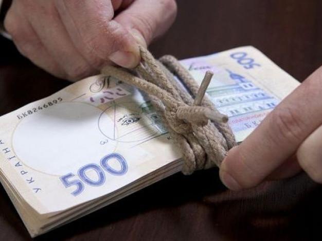 Яка середньомісячна заробітна плата у Камінь-Каширському районі