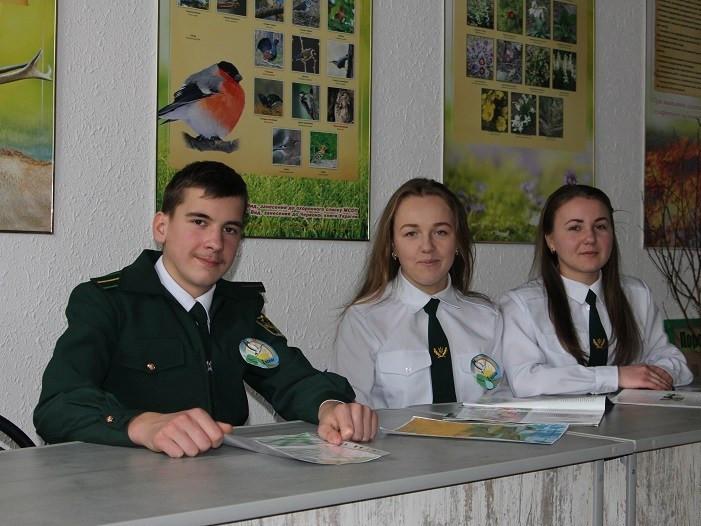 Діти Полицівського лісництва взяли участь у районному конкурсі агітбригад