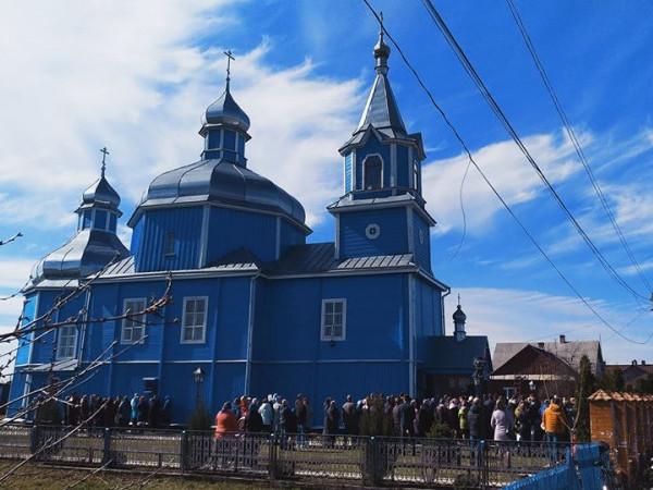 Релігійна громада храму Різдва Пресвятої Богородиці УПЦ міста Камінь-Каширський вирішила не переходити у Православну церкву України