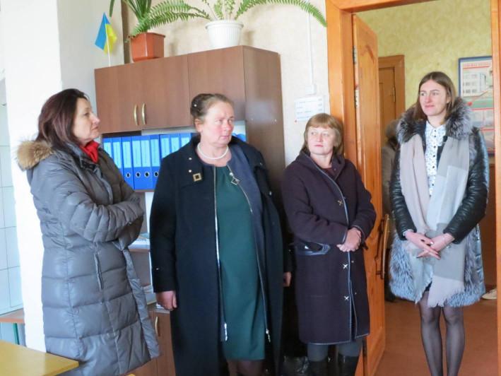 ФАПи і школи в селах мають жити, – Ірина Констанкевич