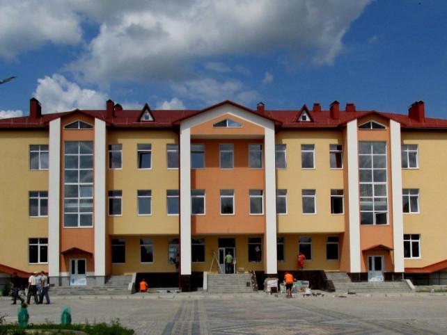 Школа в Осівцях