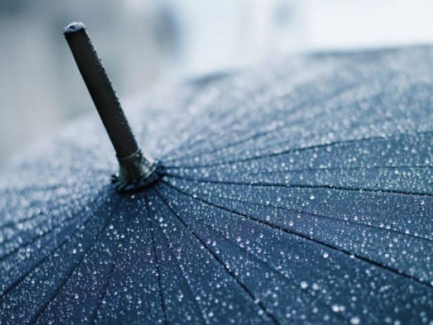 Очікується дощ та посилення вітру до 15-24 м/с.