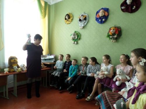 Камінь-Каширським дітлахам розповіли історію української іграшки