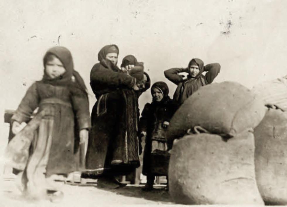 Мешканці волинського села