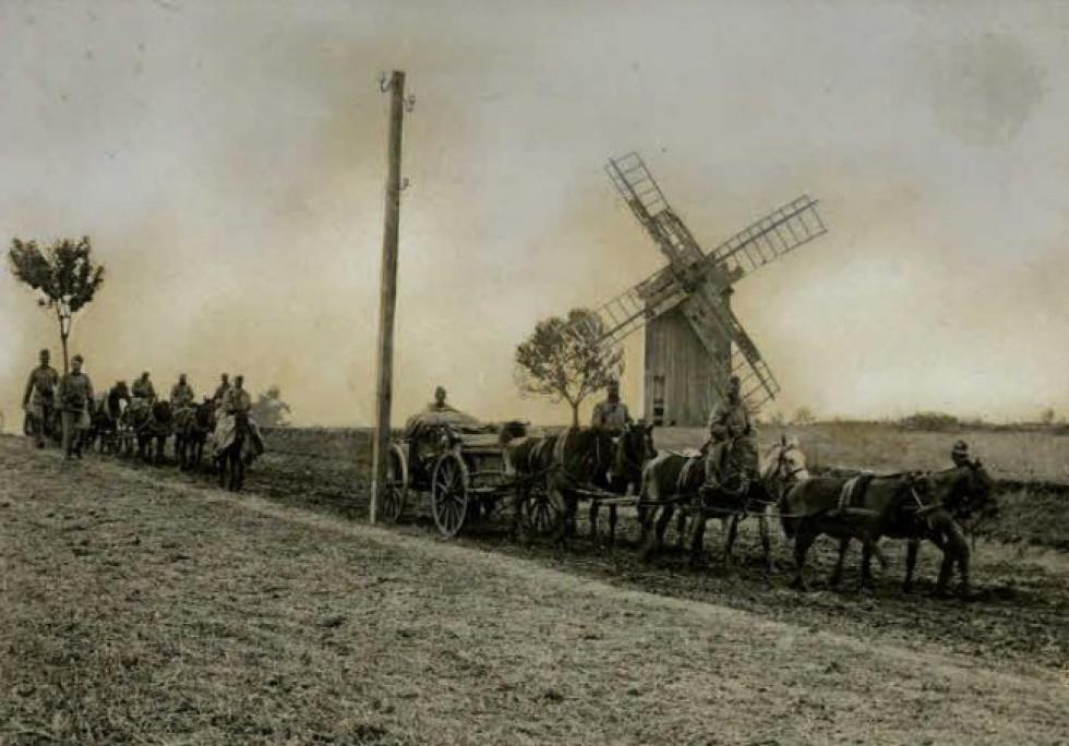Дороги на Волині в часи Першої світової війни.