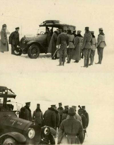 Транспорт австрійської армії на волинській дорозі.