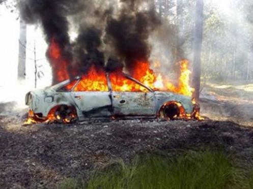 Мешканцю Камінь-Каширського району спалили автомобіль у маневицькому лісі