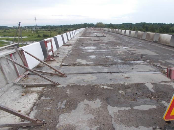 Рудка Червинська: міст через Стохід на стадії завершення