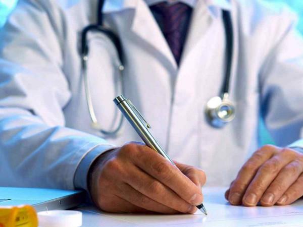 Камінь-каширці «пасуть задніх» у підписанні декларацій з лікарями
