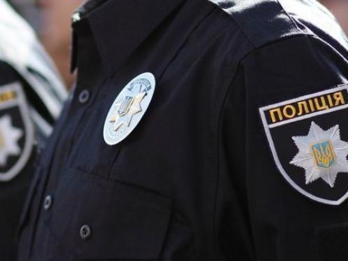 Поліція вилучила у камінь-каширця незареєстровану зброю