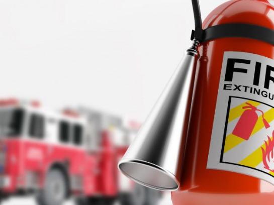 Два гектари землі охопила пожежа у Ворокомлі