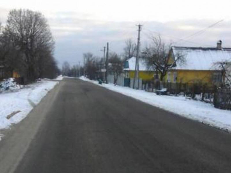 У Камені-Каширському провели капітальний ремонт доріг на двох вулицях