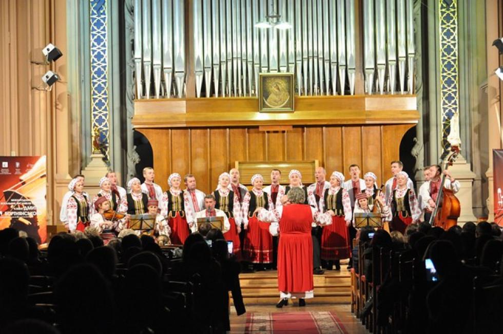 Народний аматорський ансамбль народної пісні «Родовід» здобув І місце у номінації «Народний вокал»