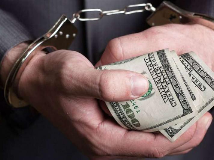 Волинянин, який намагався підкупити прокурора, втрапив за ґрати на 5 років