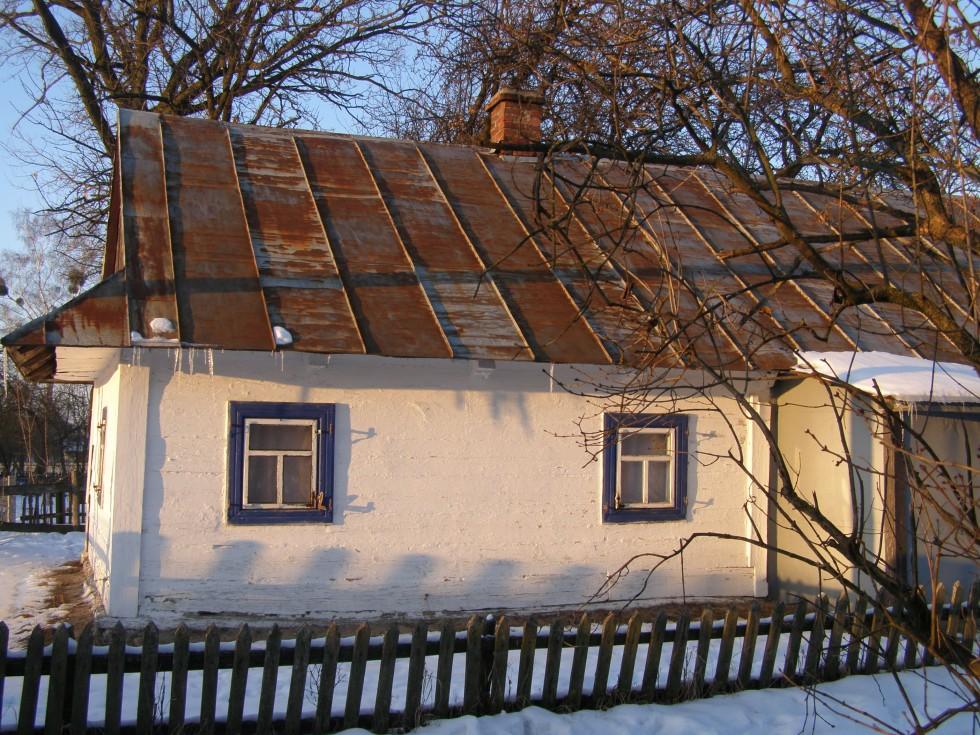 Хатина, в якій проживали черниці спочатку розбудови монастиря.