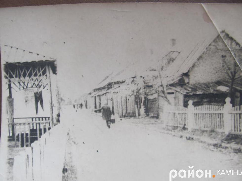 Вулиця 17-го вересня у Камені-Каширському. У роки окупаціїї вона перебувала у межах гетто.