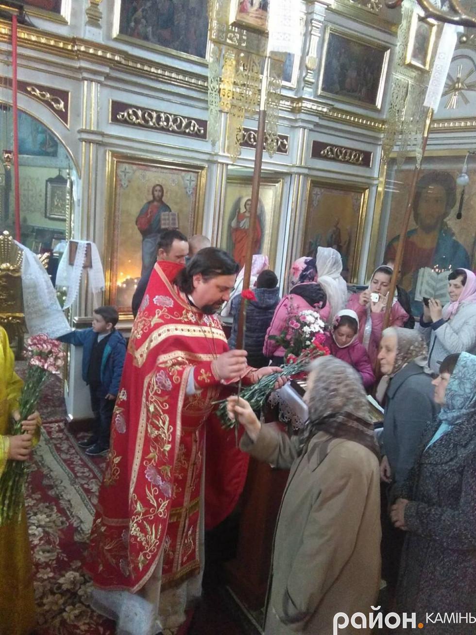 Свято жінок-мироносиць у Різдво-Богородичному храмі.