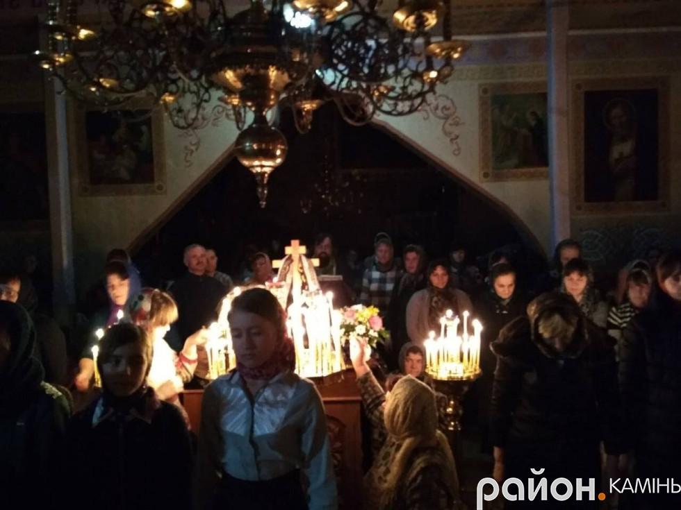 Вечірнє Богослужіння в Різдво-Богородичному храмі.
